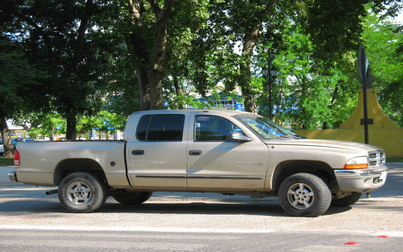 2003 Dodge Dakota Quad Cab Owners Manual