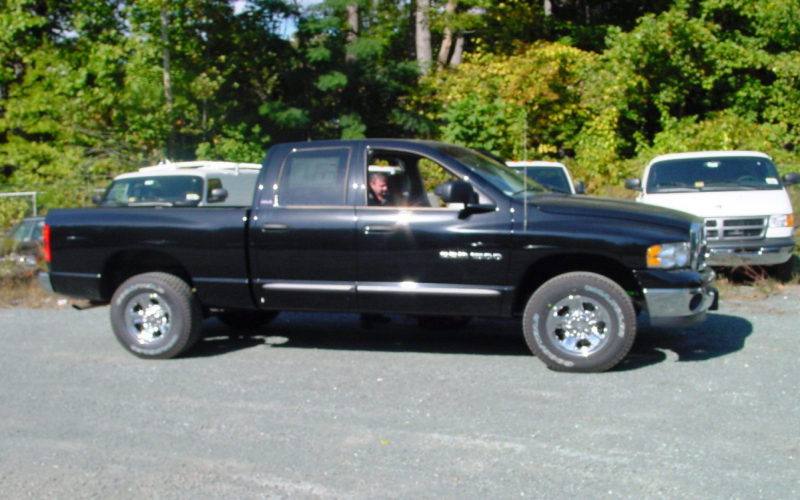2003 Dodge RAM 1500 Quad Cab Owners Manual