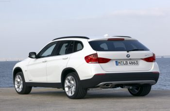2010 BMW X1 Owners Manual