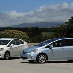 2010 Toyota Prius V Owners Manual