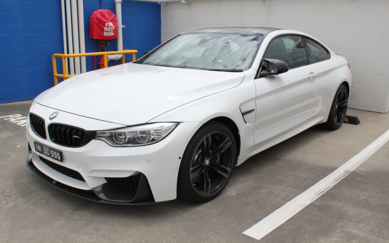 2013 BMW M4 Owners Manual