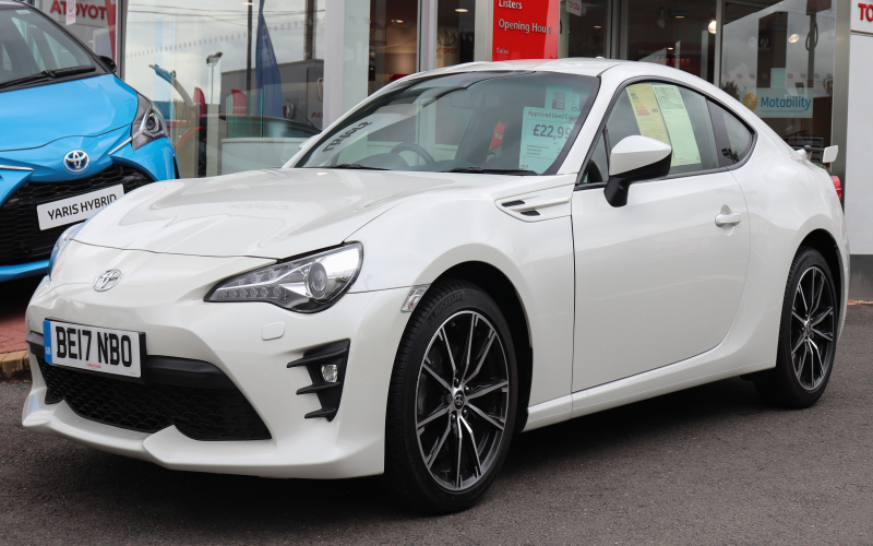 2013 Toyota 86 Owners Manual