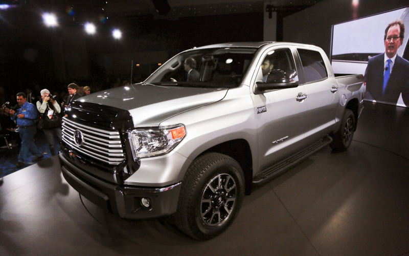 2013 Toyota Tundra Owners Manual