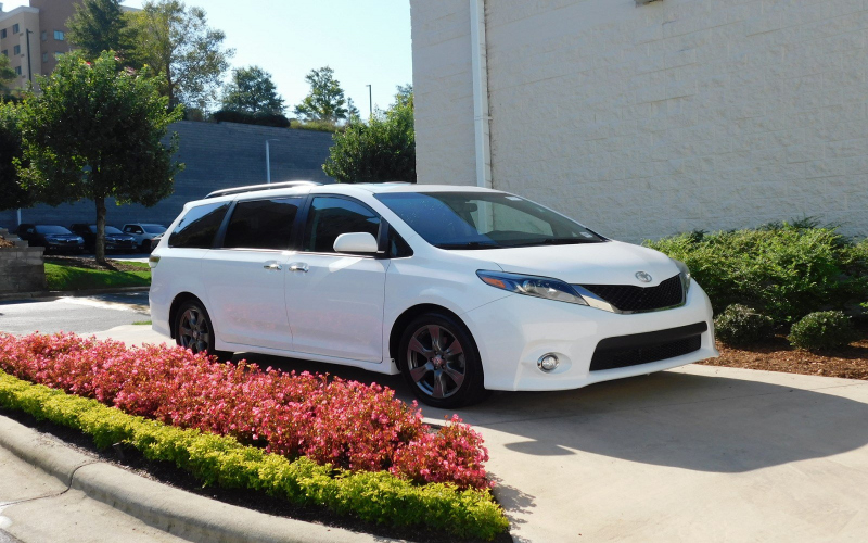2017 Toyota Sienna Owners Manual